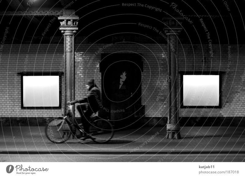 tunnelcycling Fahrradfahren Mensch maskulin Männlicher Senior Mann 1 Hannover Deutschland Europa Stadt Brücke Tunnel Mauer Wand Verkehrsmittel Straße Jacke Hut