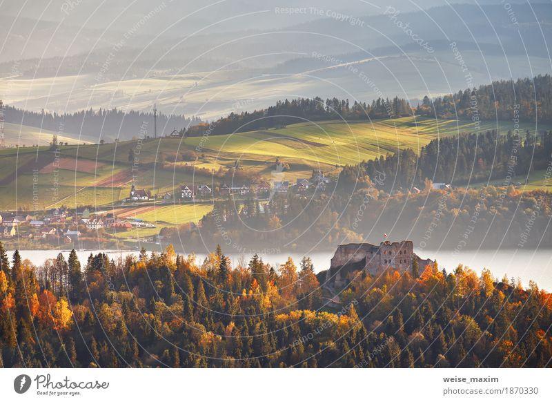 Polen Herbst Hügel. Sonniger Oktobertag in Malopolska Himmel Natur Ferien & Urlaub & Reisen blau Sommer grün Baum Landschaft Haus Ferne Wald Berge u. Gebirge