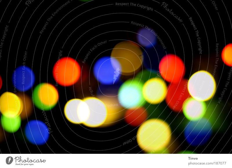 Weihnachtsfeier... Farbe Feste & Feiern leuchten Fröhlichkeit Kreis Unschärfe rund Punkt Nacht Jahrmarkt mehrfarbig Licht festlich kreisrund Konfetti Lichtpunkt