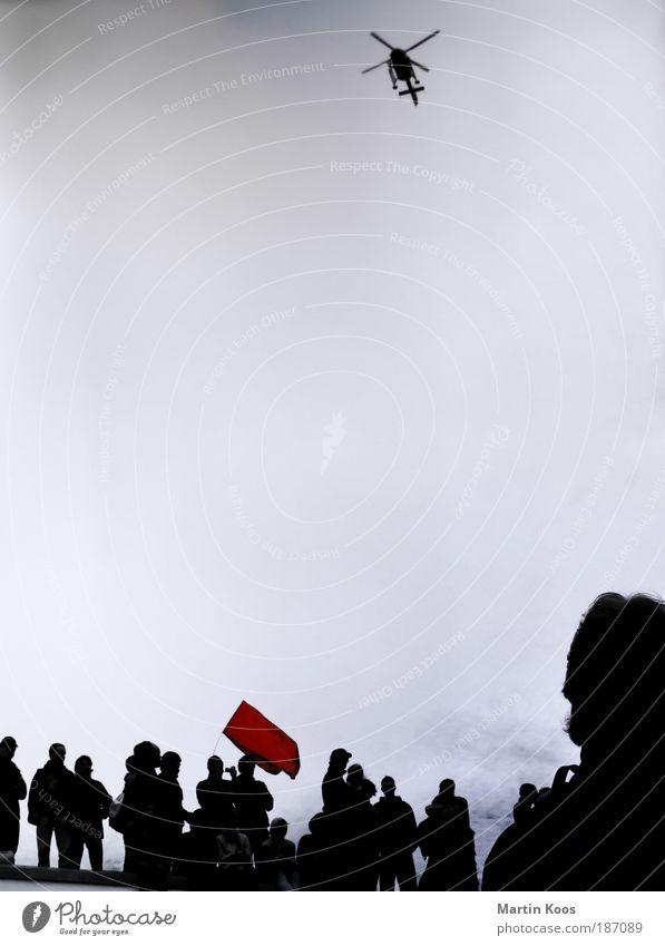 Protest Erwachsene Menschengruppe Klima Luftverkehr Zukunft Macht Kommunizieren Fahne Veranstaltung Gesellschaft (Soziologie) Konflikt & Streit Entwicklung