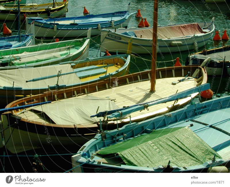 boote Wasserfahrzeug Meer Schifffahrt