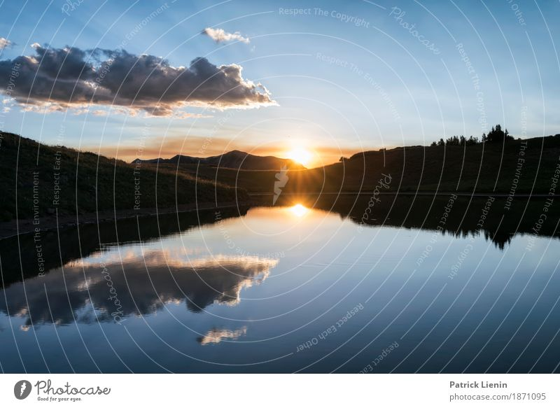 Himmel Natur Ferien & Urlaub & Reisen Sommer schön Sonne Landschaft Wolken Berge u. Gebirge Umwelt Gras See Wetter USA Abenteuer Gipfel