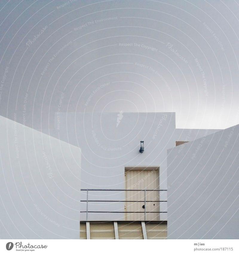 Himmelspforte weiß Haus Lampe Wand Tod Stein Mauer Kraft Architektur Wohnung Tür elegant Hoffnung ästhetisch Macht Tourismus