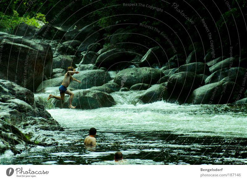 deep in the dungel Mensch Natur Wasser Ferien & Urlaub & Reisen Sonne Sommer Ferne Umwelt Freiheit springen Schwimmen & Baden Freizeit & Hobby maskulin
