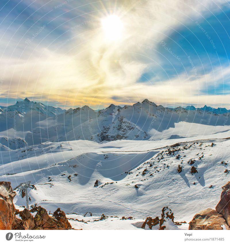 Blaue Berge Snowy mit Spitzen in den Wolken Himmel Natur Ferien & Urlaub & Reisen blau schön weiß Sonne Landschaft Winter Berge u. Gebirge schwarz gelb Schnee