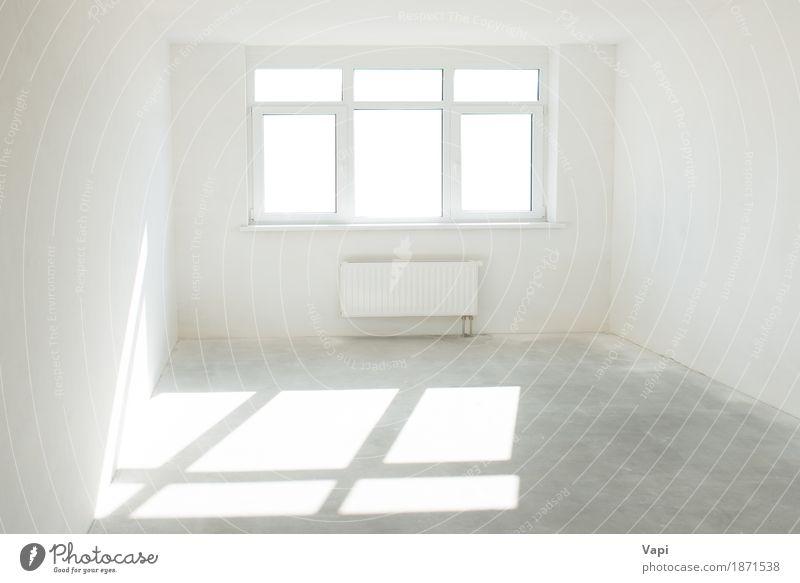 Weißer Raum mit Fenster elegant Stil Design Wohnung Haus Innenarchitektur Business Sonnenlicht Architektur Mauer Wand Beton modern neu Sauberkeit grau weiß