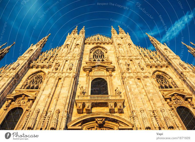 Nachtansicht von berühmtem Milan Cathedral Duomo Di Milano Ferien & Urlaub & Reisen alt blau Stadt weiß schwarz Architektur gelb Wand Religion & Glaube Gebäude