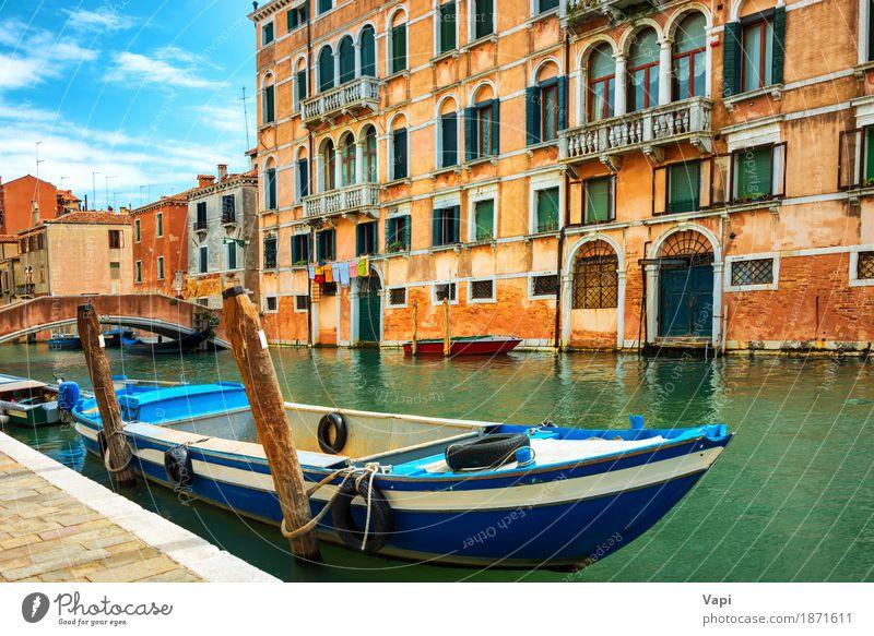 Grand Canal in Venedig am sonnigen Tag Himmel Ferien & Urlaub & Reisen alt blau Sommer Stadt grün Wasser weiß Landschaft rot Wolken Haus schwarz Architektur