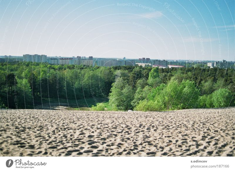 Natur Stadt Park Sand Landschaft Umwelt Skyline Wolkenloser Himmel