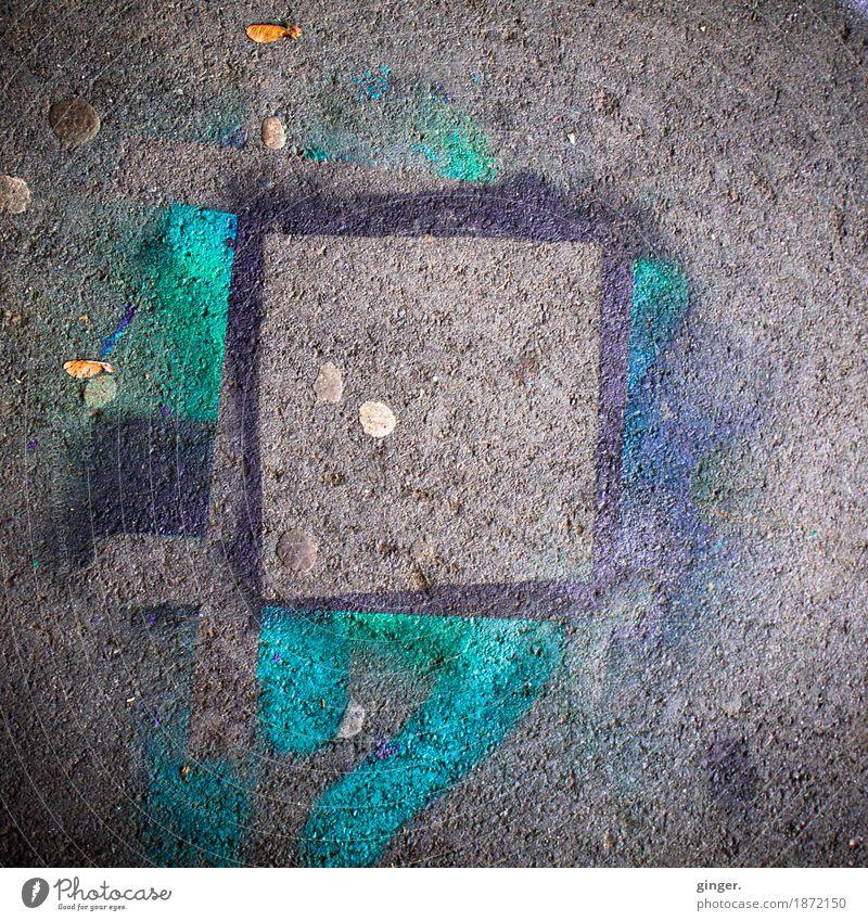 UT Köln | Rheinufer Schäl Sick | Straßenkunst Stil mehrfarbig grau schwarz türkis Kunst Rechteck fließen gemalt Schablone Kaugummi dreckig Pflastersteine