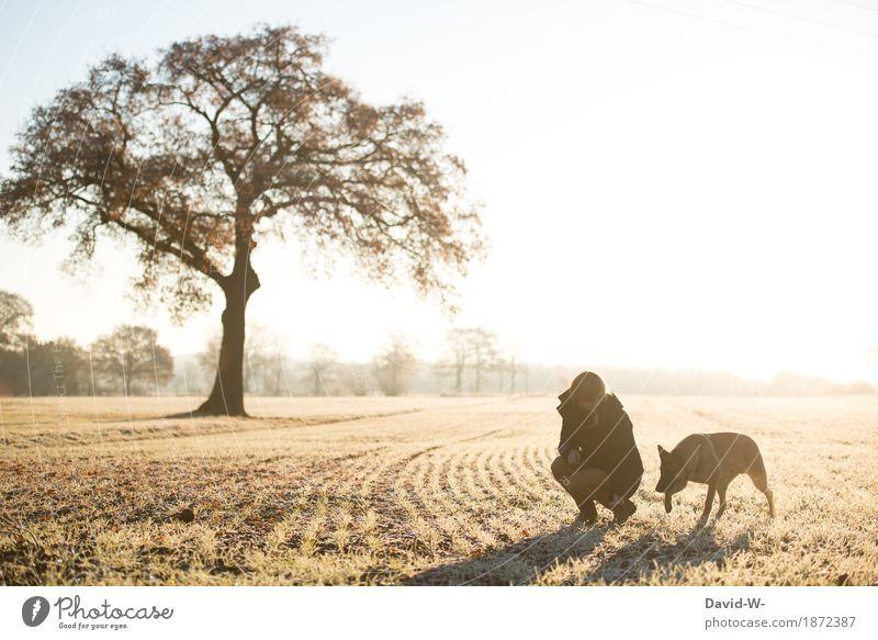 zusammen auf Erkundungstour Leben harmonisch Freizeit & Hobby Ferien & Urlaub & Reisen Ausflug Abenteuer Freiheit Sonne Winter wandern Mensch feminin Junge Frau