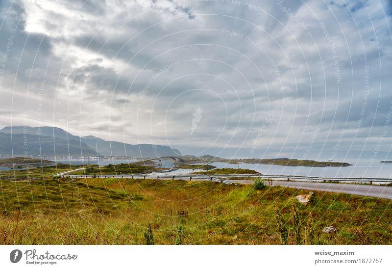 Norwegen bewölkter Sommertag. Brücken zu Inseln über Fjord Himmel Natur Ferien & Urlaub & Reisen Meer Landschaft Wolken Ferne Berge u. Gebirge Straße