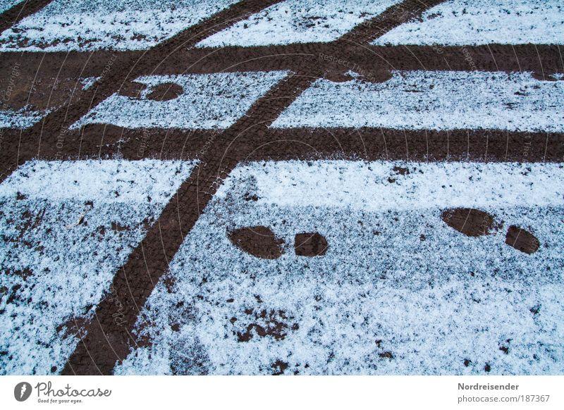footprints Übergewicht Leben wandern Fahrschule Umwelt Natur Erde Winter Klima schlechtes Wetter Eis Frost Schnee Verkehr Verkehrswege Autofahren Fußgänger