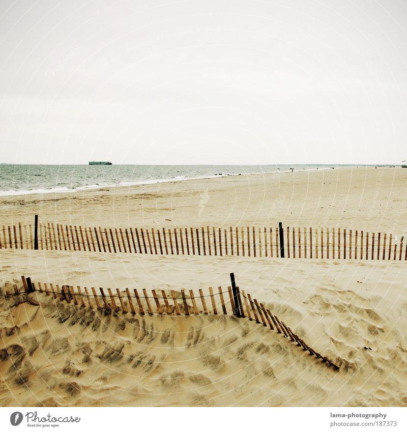 beachside Natur Landschaft Sand Klima Klimawandel schlechtes Wetter Strand Meer New York City Long Island Coney Island Menschenleer Ferne hell Sehnsucht Fernweh