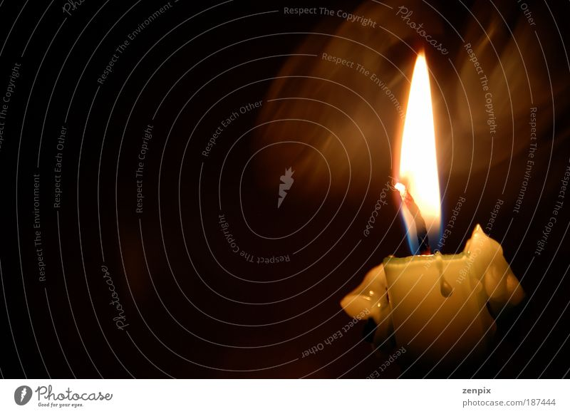 schön Einsamkeit ruhig Traurigkeit Tod Stimmung Angst gefährlich Warmherzigkeit Romantik Schutz Hoffnung Trauer Kerze Glaube Rauch