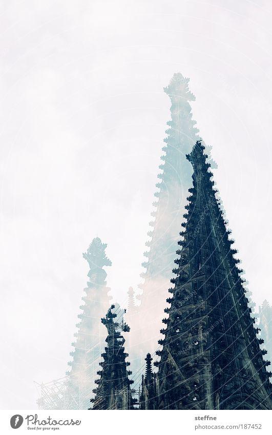 ma lasse den dom in kölle Kölner Dom Altstadt Kirche Sehenswürdigkeit Wahrzeichen Fröhlichkeit Zufriedenheit Doppelbelichtung Cross Processing Farbfoto