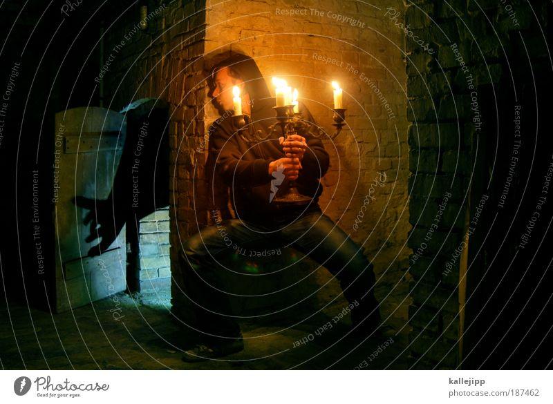 minotaurus Mann Tier Haus Erwachsene Spielen Wohnung Angst Freizeit & Hobby maskulin Abenteuer Häusliches Leben beobachten Kultur Kerze historisch gruselig