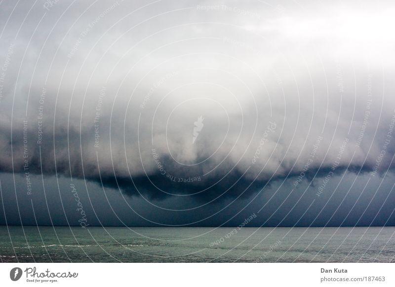 Der Arsch Gottes! Urelemente Sommer Klimawandel Wetter schlechtes Wetter Unwetter Wind Sturm Regen außergewöhnlich Gewitter Apokalypse chaotisch Gottes Arsch