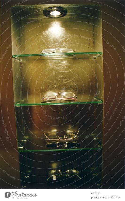 Vitrine mit Glas Lampe Glas Dekoration & Verzierung Häusliches Leben Vitrine