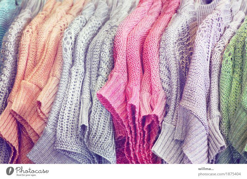 inkjes garderobenschrank Bekleidung Pullover Strickpullover Strickmuster Kleiderständer Strickwaren gestrickt grau grün orange rosa Strickmode Handel verkaufen