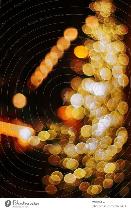 Sterntaler ungeduldig drängelnd Lichter Weihnachtsbeleuchtung Weihnachten & Advent Weihnachtsbaum Weihnachtsmarkt festlich gelb gold Reichtum Beleuchtung
