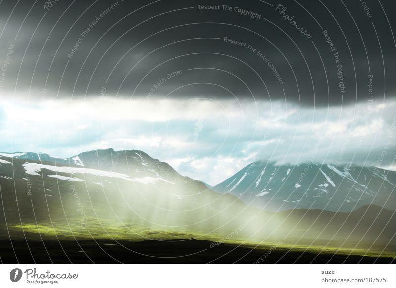 Erleuchtung Ferien & Urlaub & Reisen Tourismus Freiheit Berge u. Gebirge Umwelt Natur Landschaft Pflanze Erde Wolken Gewitterwolken Klima Unwetter leuchten grün