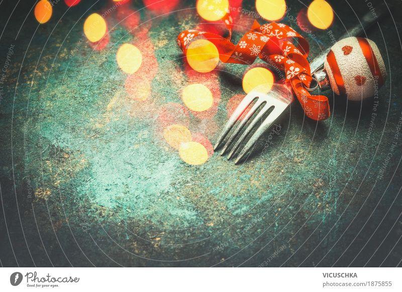 Gabel mit Weihnachtsdekoration und Bokeh Weihnachten & Advent Freude Stil Feste & Feiern Party Stimmung Design Dekoration & Verzierung Tisch Veranstaltung Restaurant Kugel Tradition altehrwürdig Abendessen Festessen