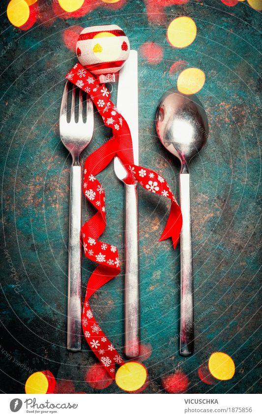 Weihnachten Gedeck mit Besteck und Bokeh Ernährung Abendessen Festessen Messer Gabel Löffel Stil Design Freude Häusliches Leben Dekoration & Verzierung Tisch