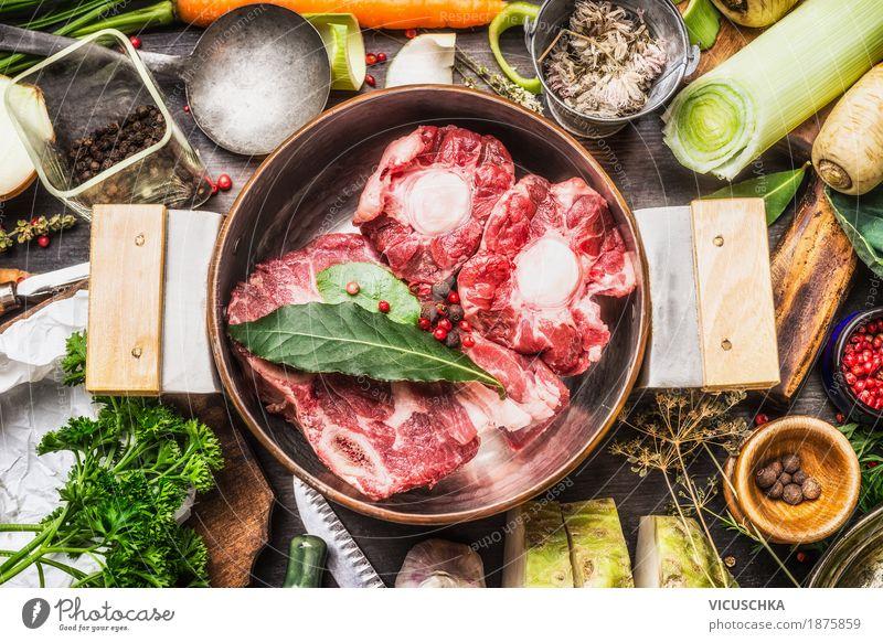 Kochtopf mit SuppenFleisch und Gemüse Gesunde Ernährung Foodfotografie Essen Stil Lebensmittel Design Tisch Kräuter & Gewürze Küche Bioprodukte Geschirr