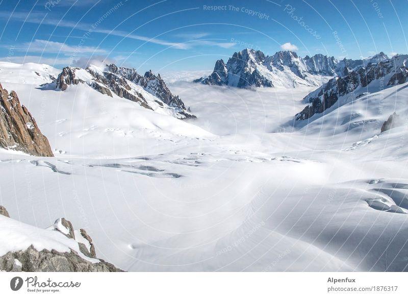 Felsig, Eisig, Spaltig Natur weiß Landschaft Ferne Berge u. Gebirge kalt Freiheit Felsen wandern Kraft Erfolg Schönes Wetter Abenteuer Vergänglichkeit Gipfel