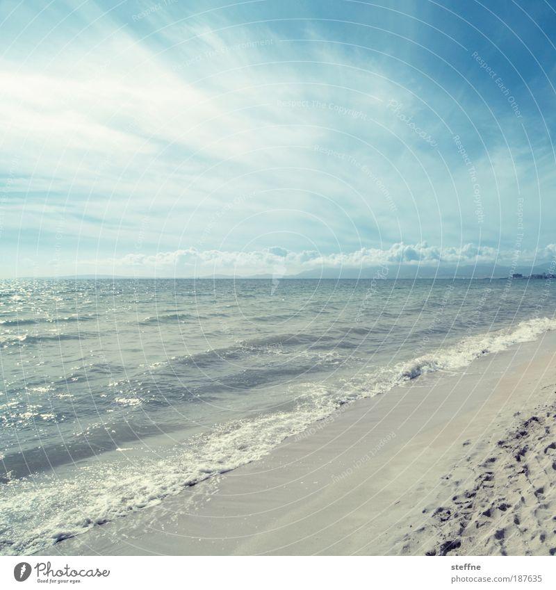 vamos a la playa Wasser Himmel Meer Sommer Strand Ferien & Urlaub & Reisen Wolken Erholung Sand Wellen Küste Europa Horizont Landschaftsformen Schönes Wetter Mallorca