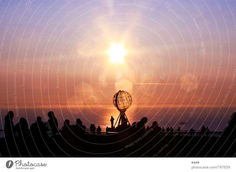 Sonne mitten in der Nacht Mensch Himmel Natur blau Ferien & Urlaub & Reisen Sommer Meer Landschaft Umwelt kalt Küste Freiheit Horizont Felsen außergewöhnlich Klima
