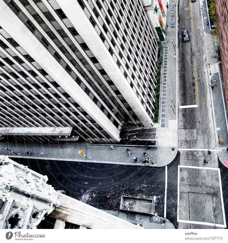 stürzende Linien Stadt Straße Zufriedenheit Fassade Bürogebäude Hochhaus USA Bankgebäude Amerika Autofahren Stadtzentrum Straßenkreuzung Angst Luftaufnahme