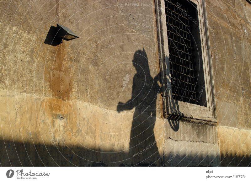 Schatten Sonne Haus Wand Freizeit & Hobby