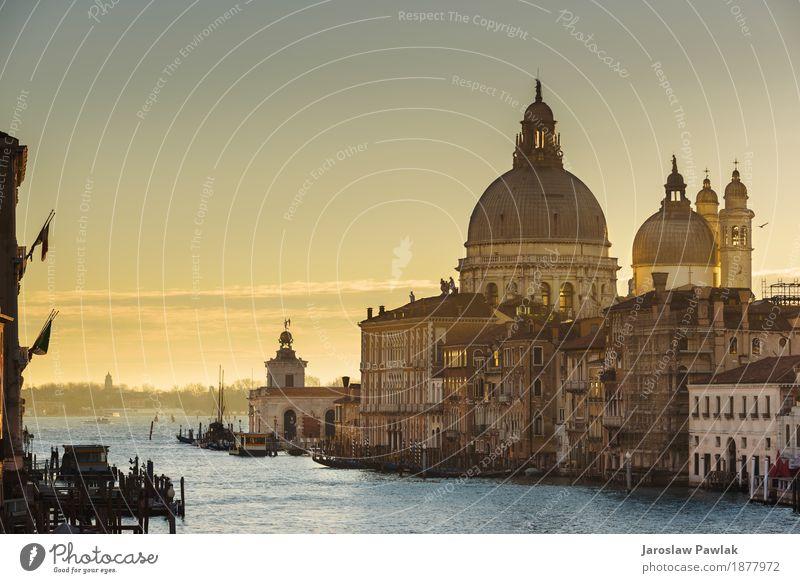 Wasserkanäle die größten Touristenattraktionen in Italien, Venedig. Himmel Ferien & Urlaub & Reisen alt blau Sommer Sonne Meer Haus Architektur Straße Gebäude