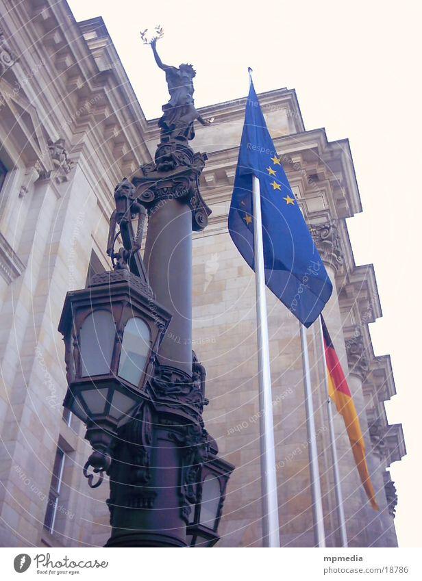 Europaflagge am Reichstag Berlin Fahne Deutscher Bundestag