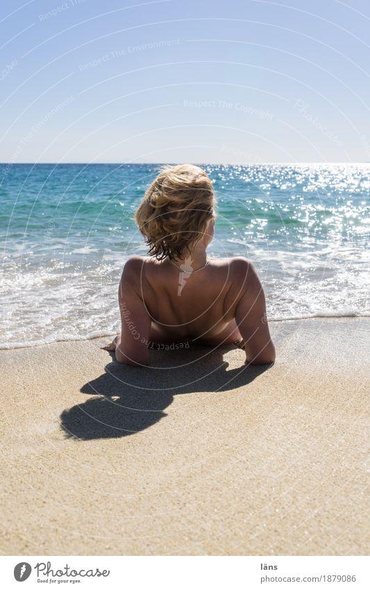 freisein Ferien & Urlaub & Reisen Tourismus Ausflug Ferne Freiheit Sommer Sommerurlaub Sonne Sonnenbad Strand Meer Insel Mensch feminin Frau Erwachsene Leben 1