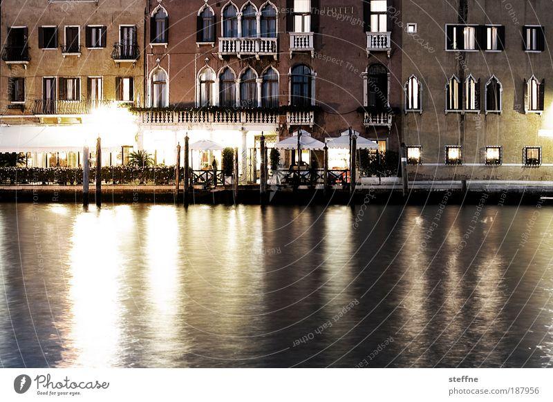 Neujahrsstimmung schön Ferien & Urlaub & Reisen Fassade ästhetisch Fluss Italien Nacht Flussufer Venedig Hafenstadt Canal Grande