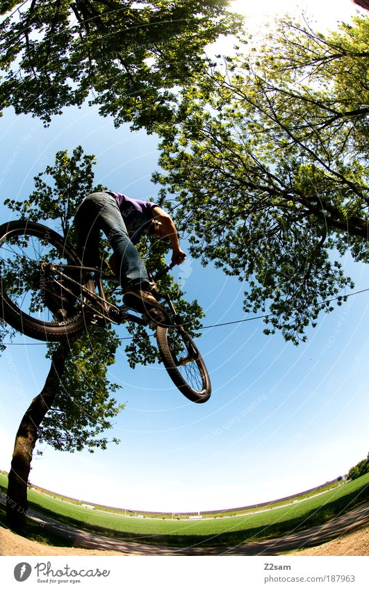 alles muss raus!!!!!! Lifestyle Stil Freizeit & Hobby Fahrrad Sport Fahrradfahren Mensch maskulin Junger Mann Jugendliche 1 18-30 Jahre Erwachsene Umwelt