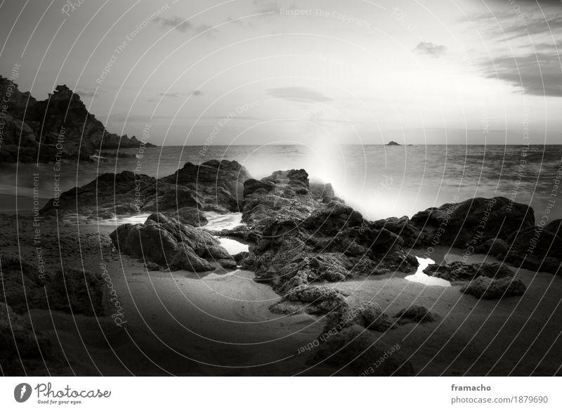 Felsen-2 schön Wasser Meer Landschaft ruhig Ferne Strand Umwelt Küste Freiheit Sand Felsen Zufriedenheit Wellen elegant Kraft