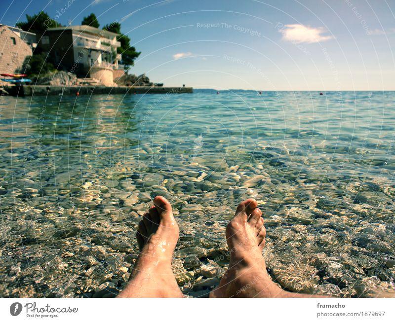 onthebeach Mensch Himmel Ferien & Urlaub & Reisen blau Sommer Wasser Sonne Meer Erholung Ferne Strand Freiheit Schwimmen & Baden Fuß Tourismus Zufriedenheit