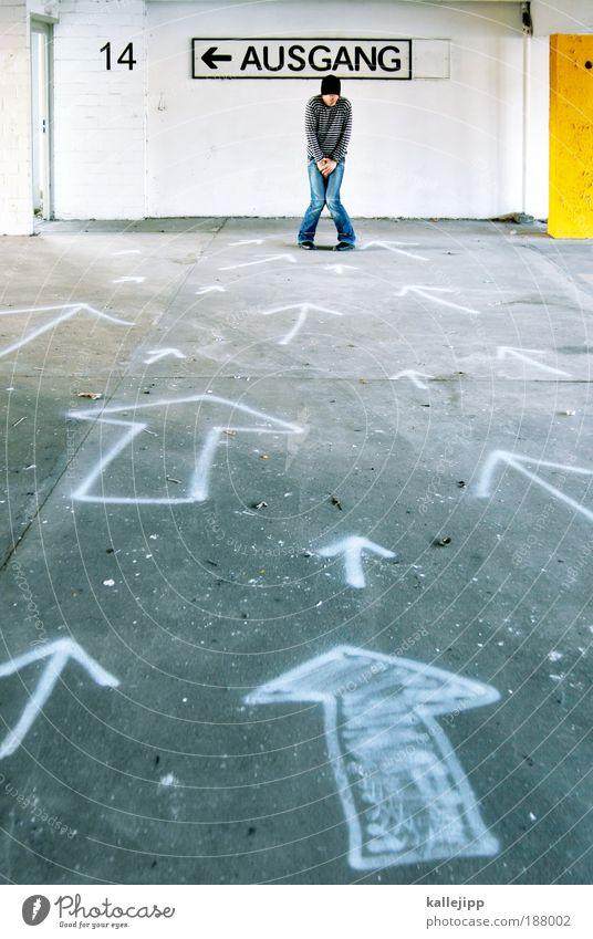 noch 14 stunden Mensch Mann Erwachsene Leben Parkhaus Zeichen Schriftzeichen Schilder & Markierungen Verkehrszeichen Graffiti Pfeil Blick Orientierung Richtung