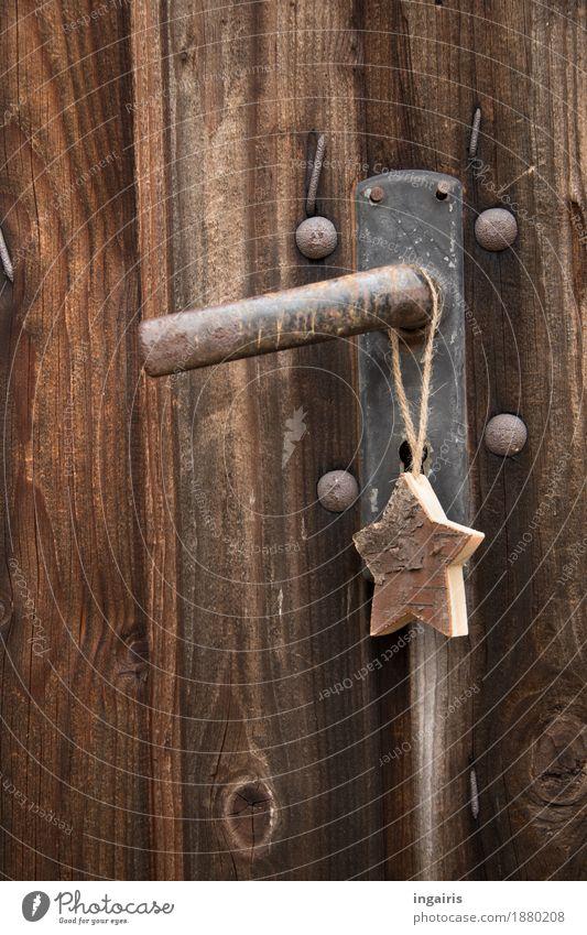 Natürlich Weihnachten Weihnachten & Advent Hütte Tür Griff Holz Metall Zeichen Stern (Symbol) hängen eckig einfach natürlich trocken braun Stimmung Glaube Natur
