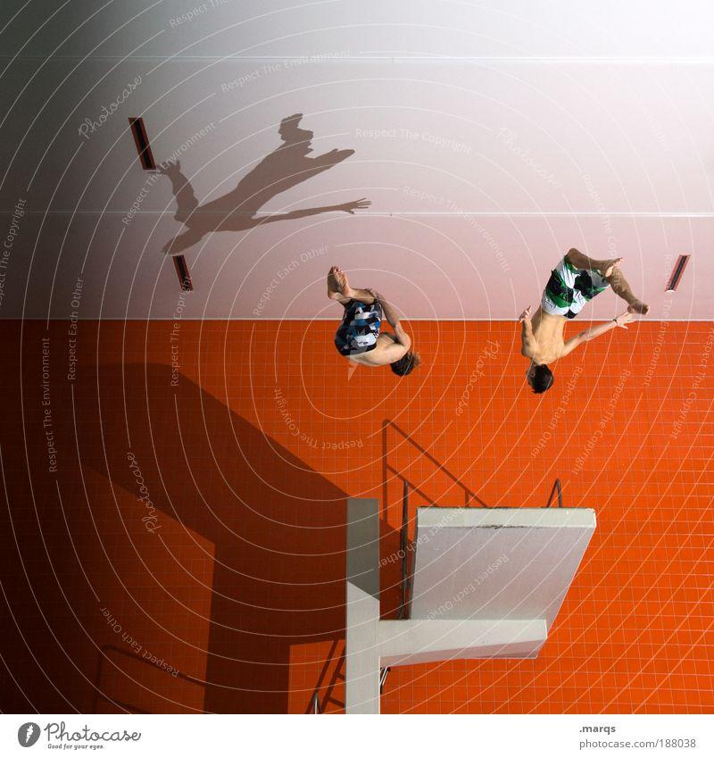 Team Mensch Jugendliche Wasser Freude Sport Architektur springen Stil orange Gesundheit Urelemente Freizeit & Hobby fliegen maskulin verrückt
