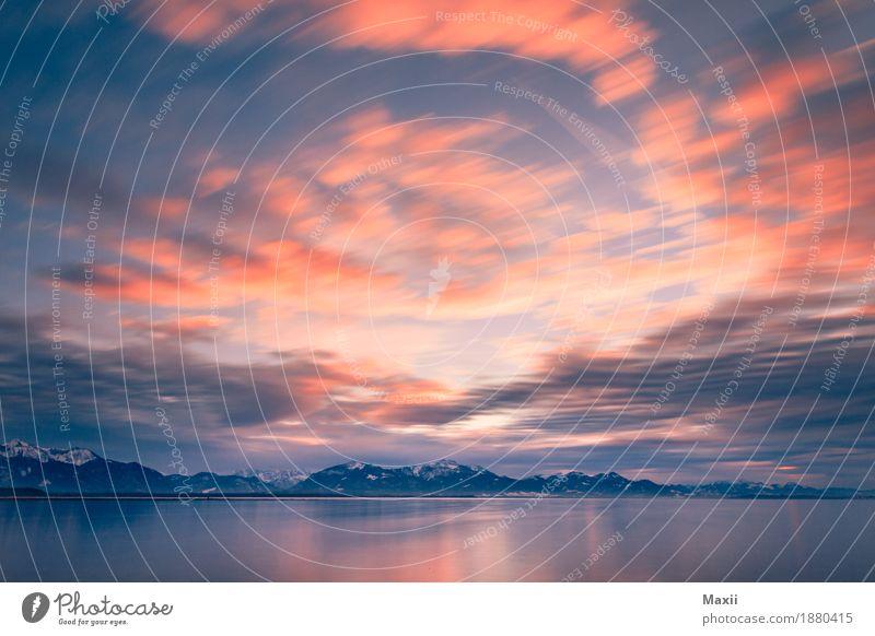Wolken am Chiemsee Umwelt Natur Landschaft Wasser Himmel Schönes Wetter Wind Alpen Gipfel Schneebedeckte Gipfel Seeufer fantastisch Unendlichkeit kalt Glück