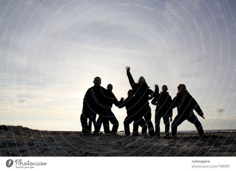Up! #1 Himmel Jugendliche blau Silhouette Sonne Meer Winter Freude Strand Wolken Erwachsene Ferne Mensch Freiheit Bewegung Sand