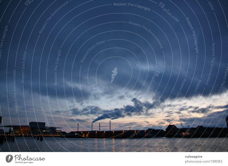 early morning #1 Wasser Himmel blau Wolken dunkel Luft Küste dreckig Energie Industrie Energiewirtschaft Dänemark Stadt Natur Skyline Zentralperspektive