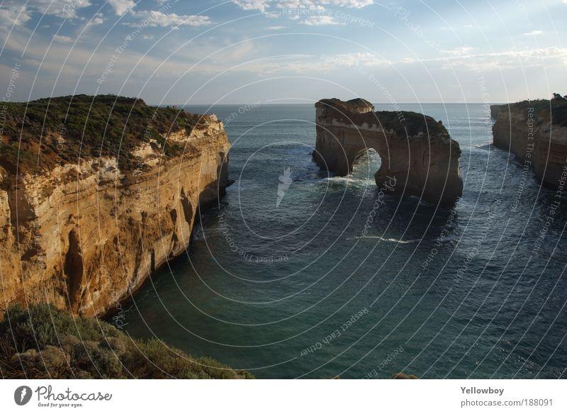 Australia - Port Campbell National Park - The Island Archway Natur Wasser Himmel Sonne Meer Sommer Ferien & Urlaub & Reisen Ferne Freiheit Landschaft Luft