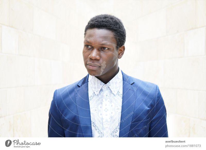 junger Mann afrikanischer Herkunft Lifestyle elegant Stil Business Mensch maskulin Junger Mann Jugendliche 1 18-30 Jahre Erwachsene Mode Hemd Anzug Jacke