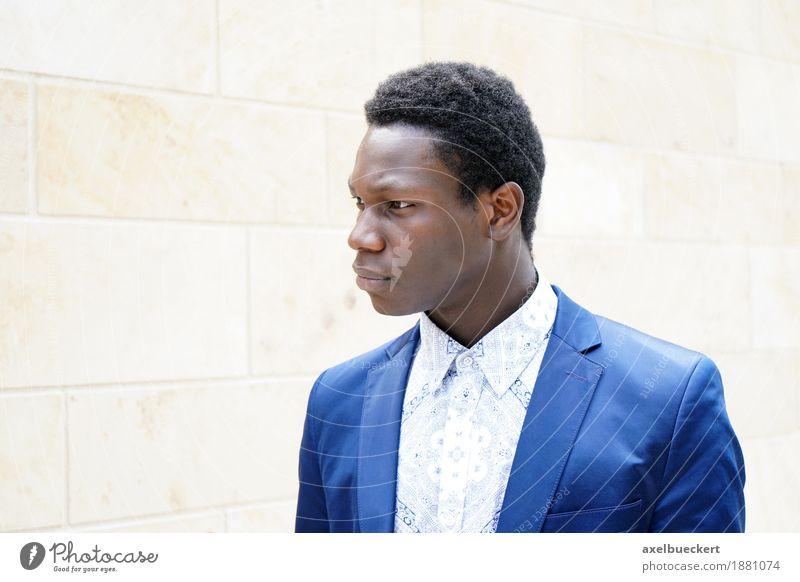 junger Mann afrikanischer Herkunft Lifestyle elegant Stil Business Mensch maskulin Junger Mann Jugendliche Erwachsene 1 18-30 Jahre Mode Hemd Anzug